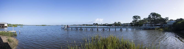 photo of docks and fisheries in Cedar Key, Florida. Photo taken 10-22-20.