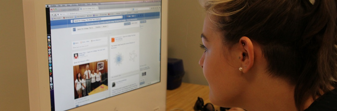 teen using computer