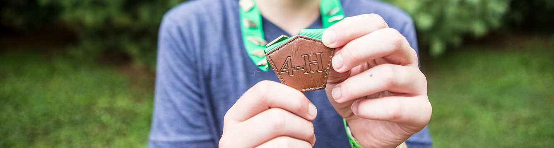 4-H medal